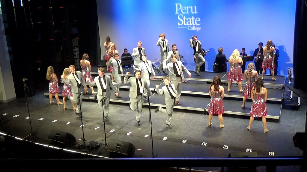 Rhythm in Red at Peru Invitational